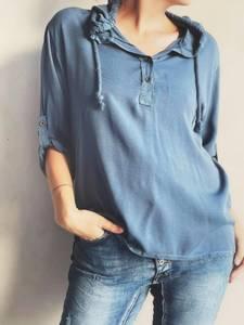 Bilde av Jeansblå - Bluse m/hette