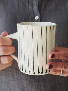 Bilde av Sort Striper - Kaffe Krus